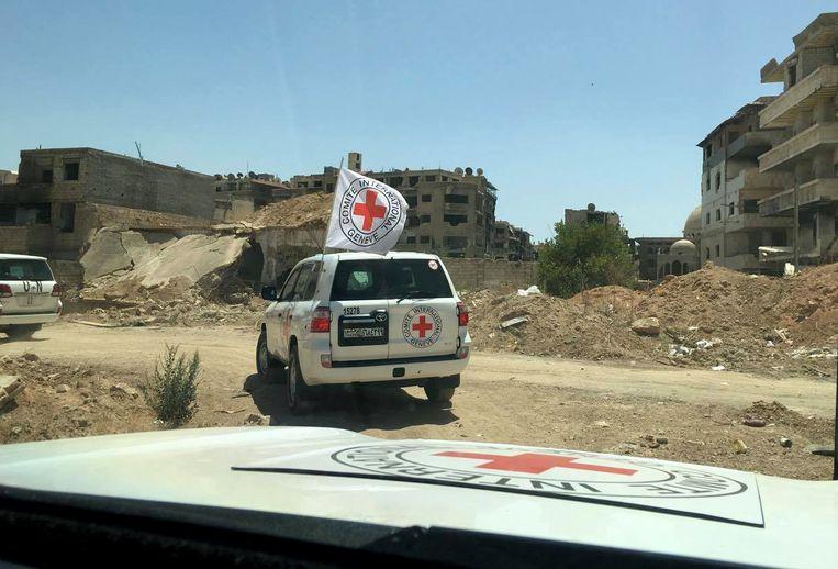 het Rode Kruis bereikt Daraya op woensdag. Beeld ap