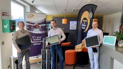 Tien computers voor Welzijnsschakels in Assenede