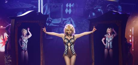 Britney Spears in doodsangst als man podium bestormt
