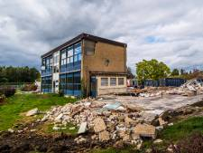 Oude school in Borne maakt plaats voor park met vijver