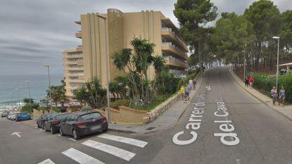 Dronken Belgische toerist rijdt tegen hotelmuur in Salou