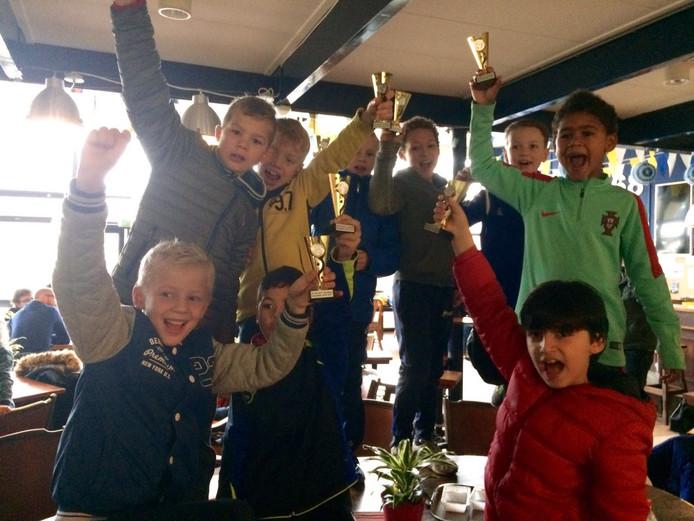 De winnende inzending van deze week: de kampioenen van DZC '68!