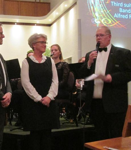Burgemeester Tigchelaar erevoorzitter Harmonie Wierden
