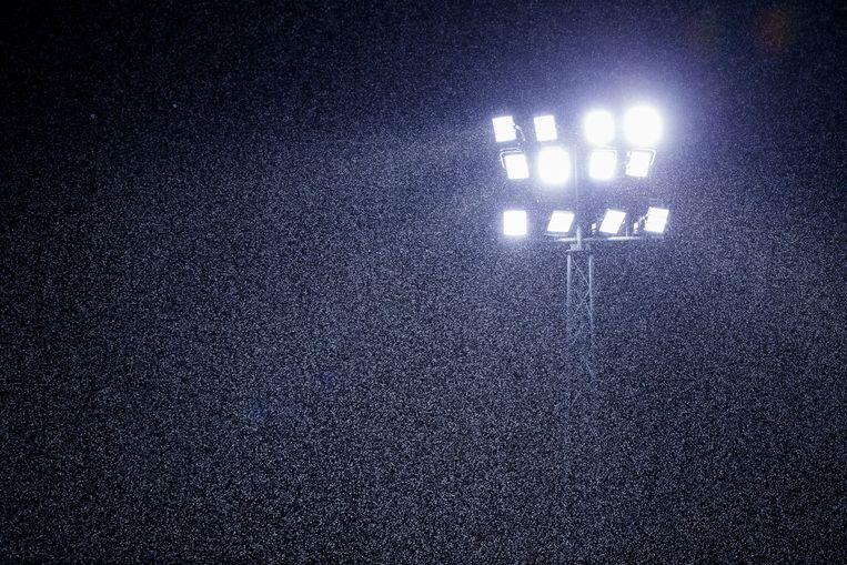 Ledverlichting, sinds 2017, in het Wagener-hockeystadion in Amstelveen Beeld Koen Suyk