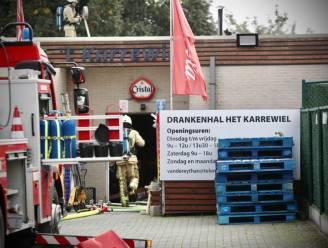 Uitslaande dakbrand beschadigt drankenhal Het Karrewiel in Kortessem