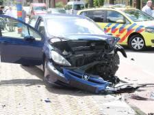 Bestuurder gewond door airbag in Rijssen