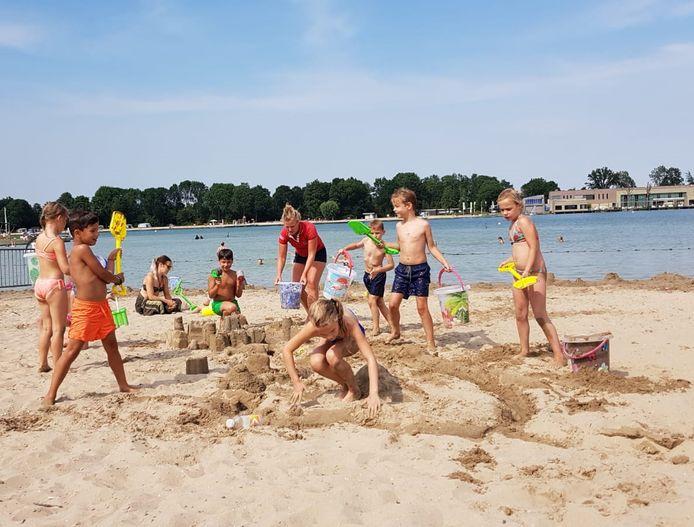 Het jaar 2018 was door de mooie zomermaanden een extreem goed jaar voor strandbad de Maarsseveense Plassen.
