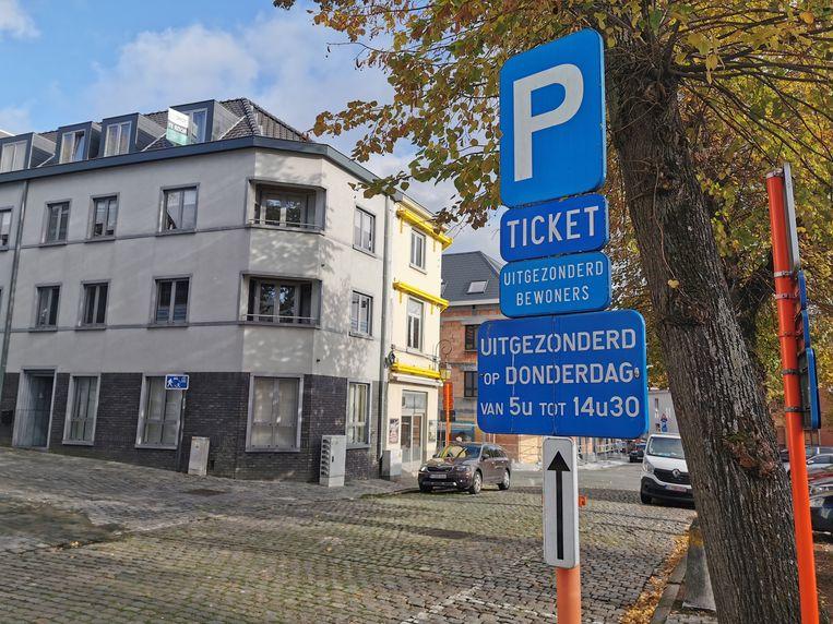 De fysieke kaarten voor het bewonersparkeren verdwijnen definitief.