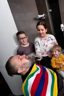 Veldwachter Jan den Bok heeft weer een gladgeschoren gezicht