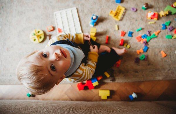 Kinderen onder de 3 jaar testen op stress: hoe zinvol is dat?