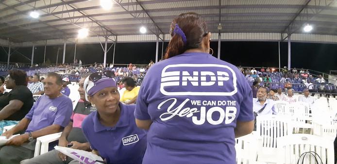 Susan Bendt, fan van Bouterse, op de bijeenkomst van de NDP