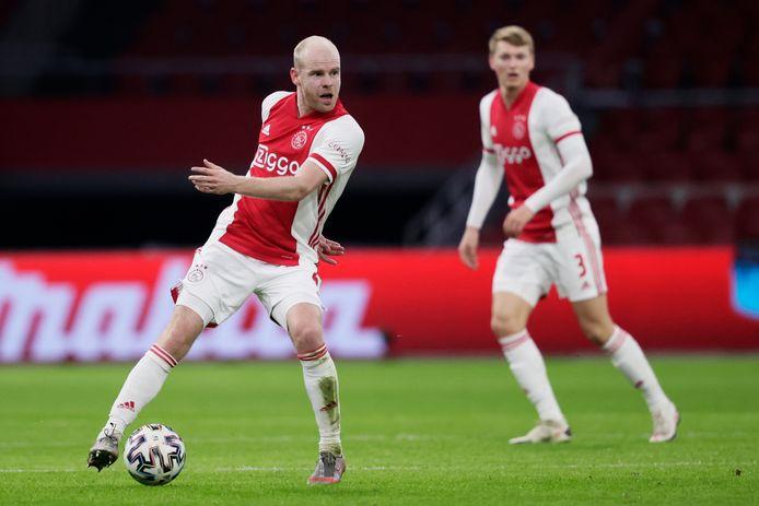 Davy Klaassen aan de bal tegen FC Twente.