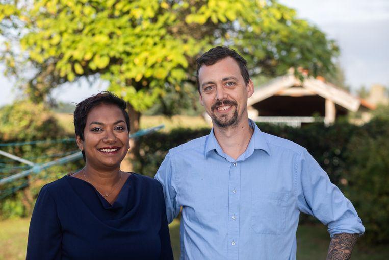 Bina Snoekx en Pieter Caubergs van het Aldeneikenhof in Maaseik.