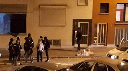 Politie valt binnen op veertien adressen in cocaïnedossier: tien verdachten opgepakt