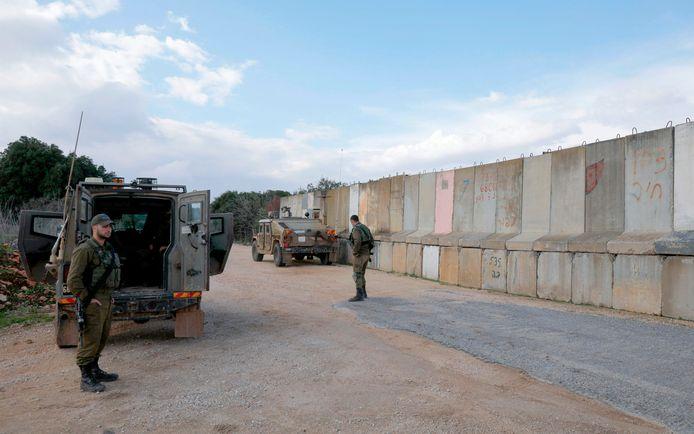 Des soldats israéliens à la frontière avec le Liban