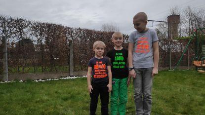 """Ouders laten T-shirts bedrukken voor hyperactieve kinderen: """"We waren de afkeurende blikken beu"""""""