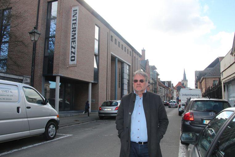 Peter-Jan van der Gucht baat sinds 2000 feestzaal Intermezzo in de Kasteeldreef uit.