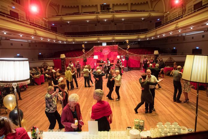 Dansen voor 60-plussers is op veel plekken in Nederland.
