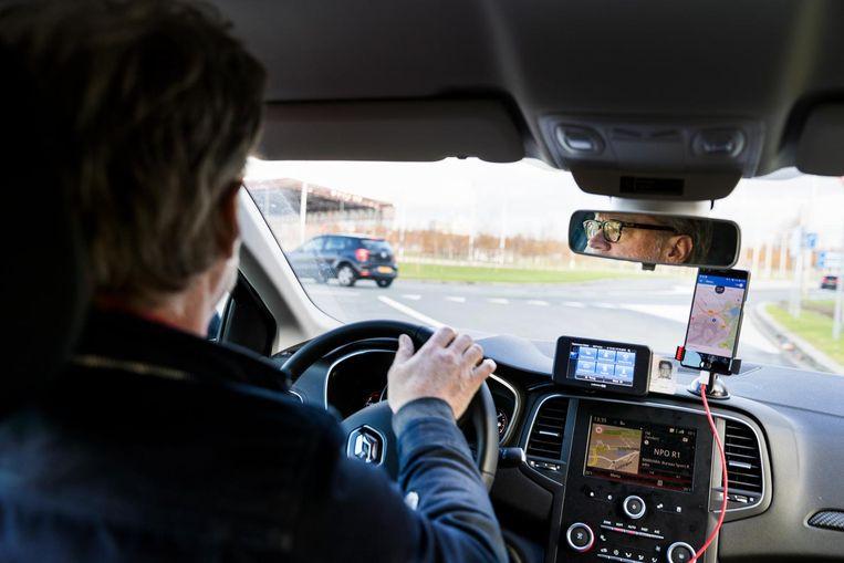Jeroen van Bergeijk als Uberchauffeur. Beeld Jiri Büller