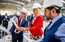 Minister Sigrid Kaag (Buitenlandse Handel) brengt een bezoek aan het van oorsprong Turks-Nederlandse bedrijf DMT tijdens haar bezoek aan Turkije.