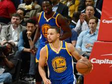 VIDEO: Curry leidt Warriors naar 60ste seizoenszege