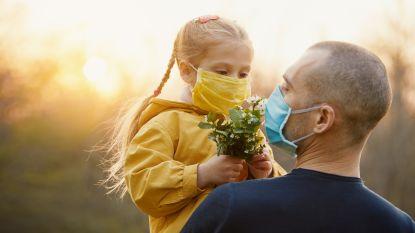 Er komt warm lenteweer aan, maar wat betekent dat nu voor het coronavirus?