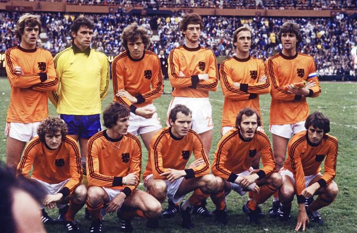 Rob Rensenbrink (accroupi à l'extrême droite) avec la sélection hollandaise au Mondial 78