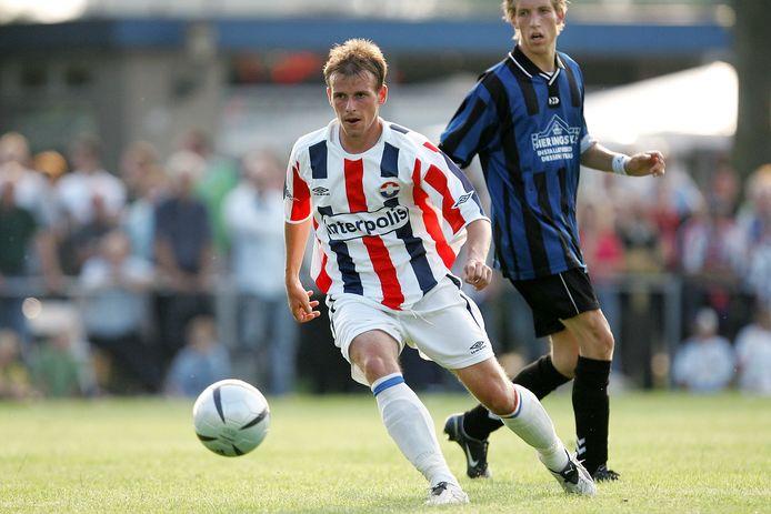 De openingswedstrijd tegen de Diessense selectie kent een lange traditie. Op 9 juli 2005 droeg Tom Caluwe op sportpark de Alsie het shirt van Willem II.