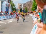Slotrit van ZLM-tour raast dwars door het centrum van Tilburg