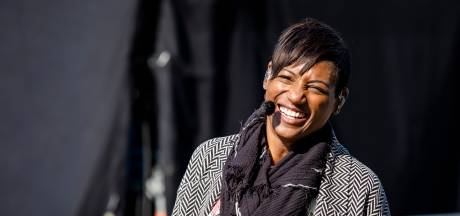Edsilia in songfestivalsferen: 'Ik heb nog even tijd om mijn Engels op te schroeven'