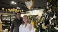 Gouden ballonnen gevuld met prijzen voor tien jaar The Shop