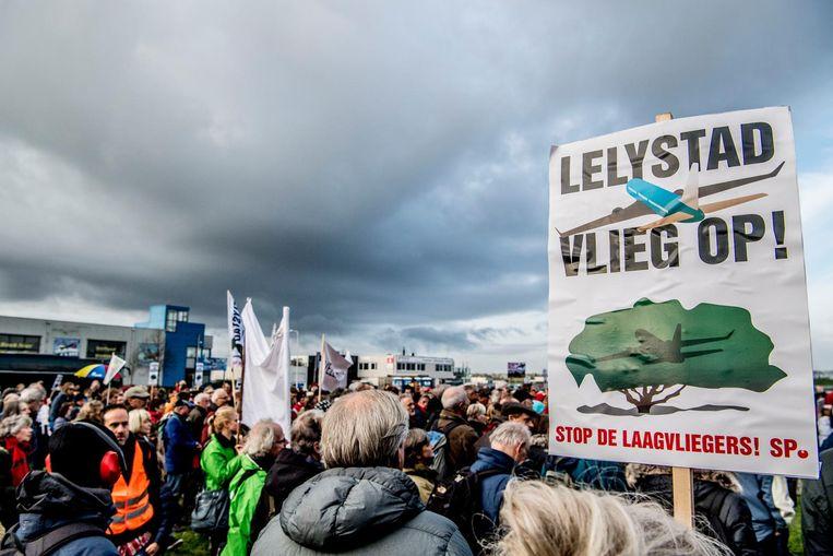 Protest op Lelystad Airport van omwonenden. Beeld anp