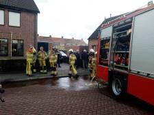 Vlammen slaan uit sauna in Genemuiden, na 'foutje' met lichtknopje