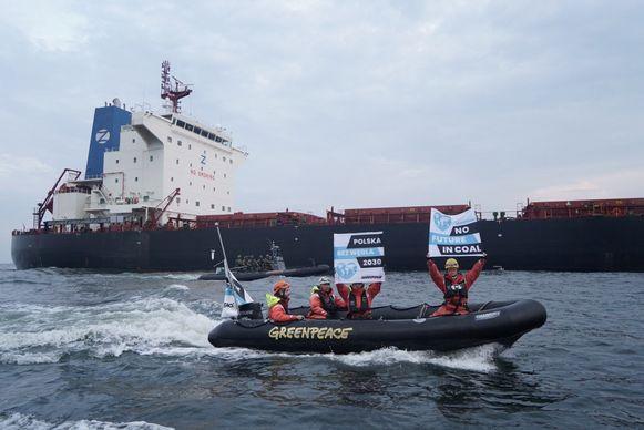 De politie zegt niet tussen te komen vooraleer ze met havenautoriteiten hebben gesproken.