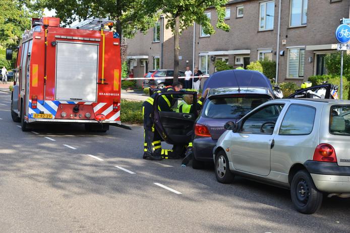 Botsing tussen twee auto's in Etten-Leur