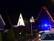 Brand in woning Zevenaar, brandweer rukt groots uit