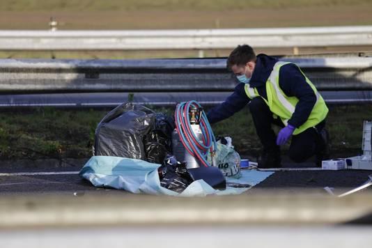 Politie-onderzoek na een aanrijding op de A73.
