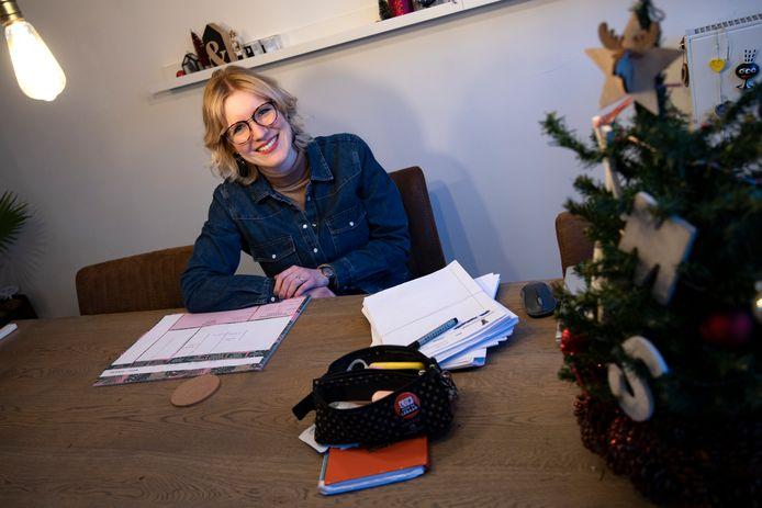 Irene van den Wildenberg-Claessens is docent Nederlands aan het Carolus Borromeus College in Helmond.