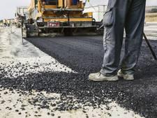 Gedupeerden steenslag Markweg stellen gemeente Moerdijk aansprakelijk