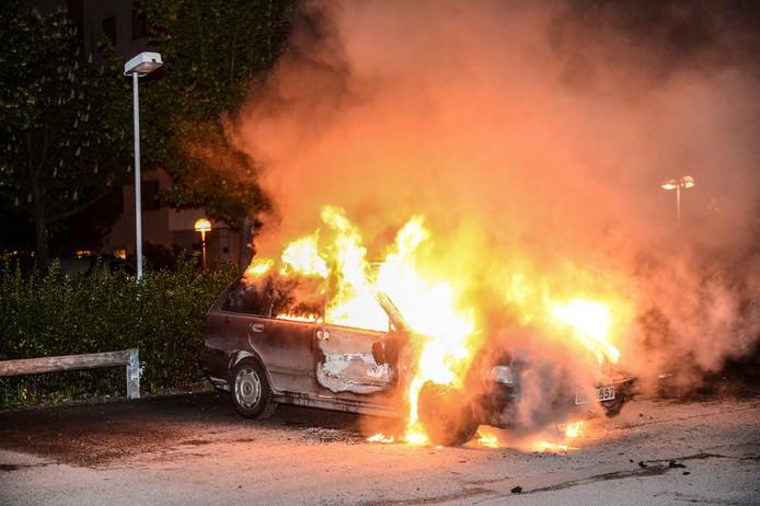 Stockholm kreeg eerder te maken met autobranden, zoals hier tijdens rellen in mei 2013.