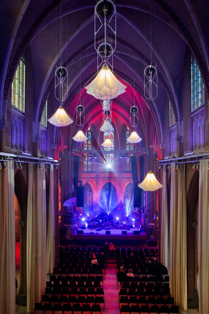 De sfeervolle Paterskerk is nu een 'ceremoniehuis' voor trouwpartijen, uitvaarten en andere 'betekenisvolle' gebeurtenissen.