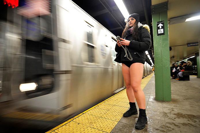 Het jaarlijkse uitstapje zonder broek kreeg in ruim 600 steden navolging.
