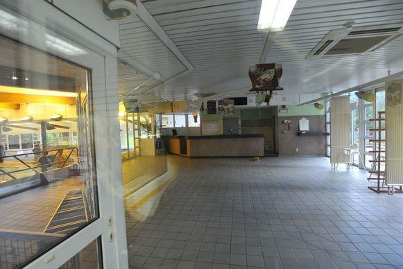 De cafetaria is volledig leeggehaald.
