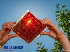 Solliance in Eindhoven breekt met partner record van flexibele zonnecel