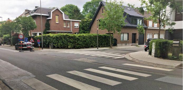 Aanleg verkeersplateau op kruispunt Broydenborglaan en Oudstrijderslaan