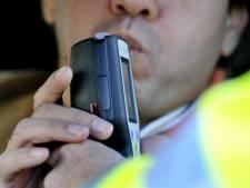 Honderden euro's boete voor man (23) die onder invloed door Den Bosch rijdt