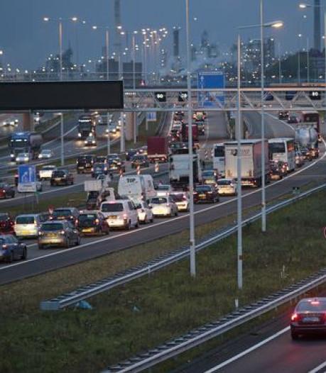 Rijk ziet niets in plannen, maar eiland pleit toch voor extra brug naar A15