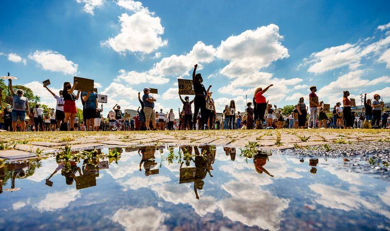 Demonstranten voeren actie op het Chasseveld in Breda. Beeld ANP