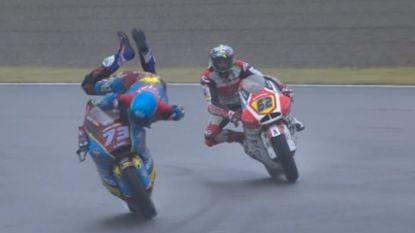 Broer wereldkampioen MotoGP blijft op miraculeuze wijze overeind na slipper in Japan