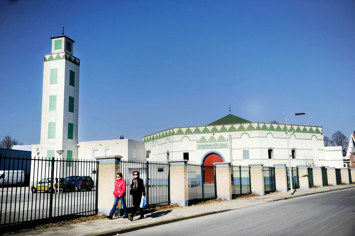 De moskee in Enschede.